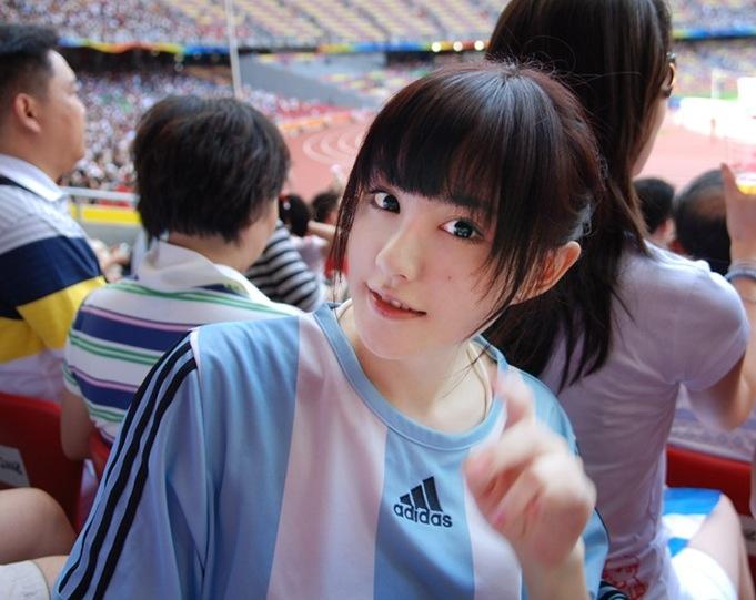 ロリーデラップにスローイン おもしろサッカーアルゼンチン