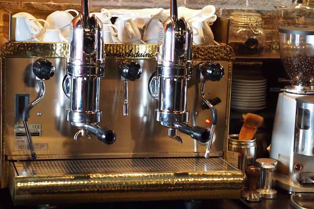 Cafe IL MATTO012