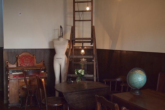 wall tea room022