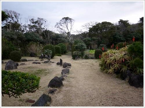 爪木崎花園9