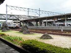 直方駅(2006年7、8月 ・ 2010年5月)