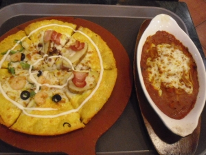 韓国のピザとパスタ
