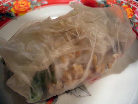 柔らか煮豚と緑野菜のライスペーパー巻き@アンゴン