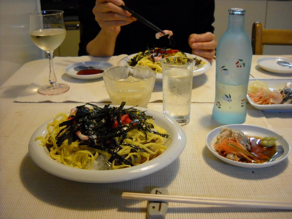 ちらし寿司と招徳酒造