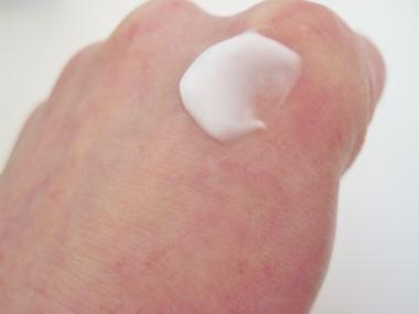 シワを減らして白く明るい肌に!「そせいエンリッチクリーム」!
