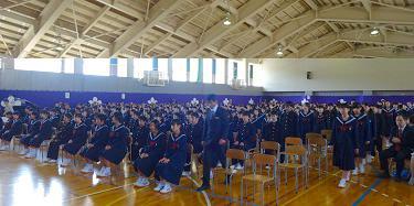 さすが中学生、堂々の入場でした。