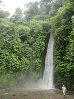 352+(2)滝と人_convert_20101229192824