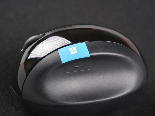 Sculpt_Ergonomic_Mouse_18.jpg