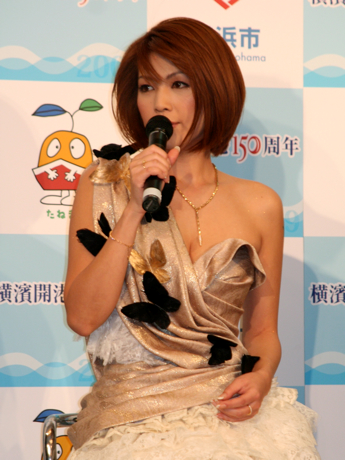 20130209125645038.png